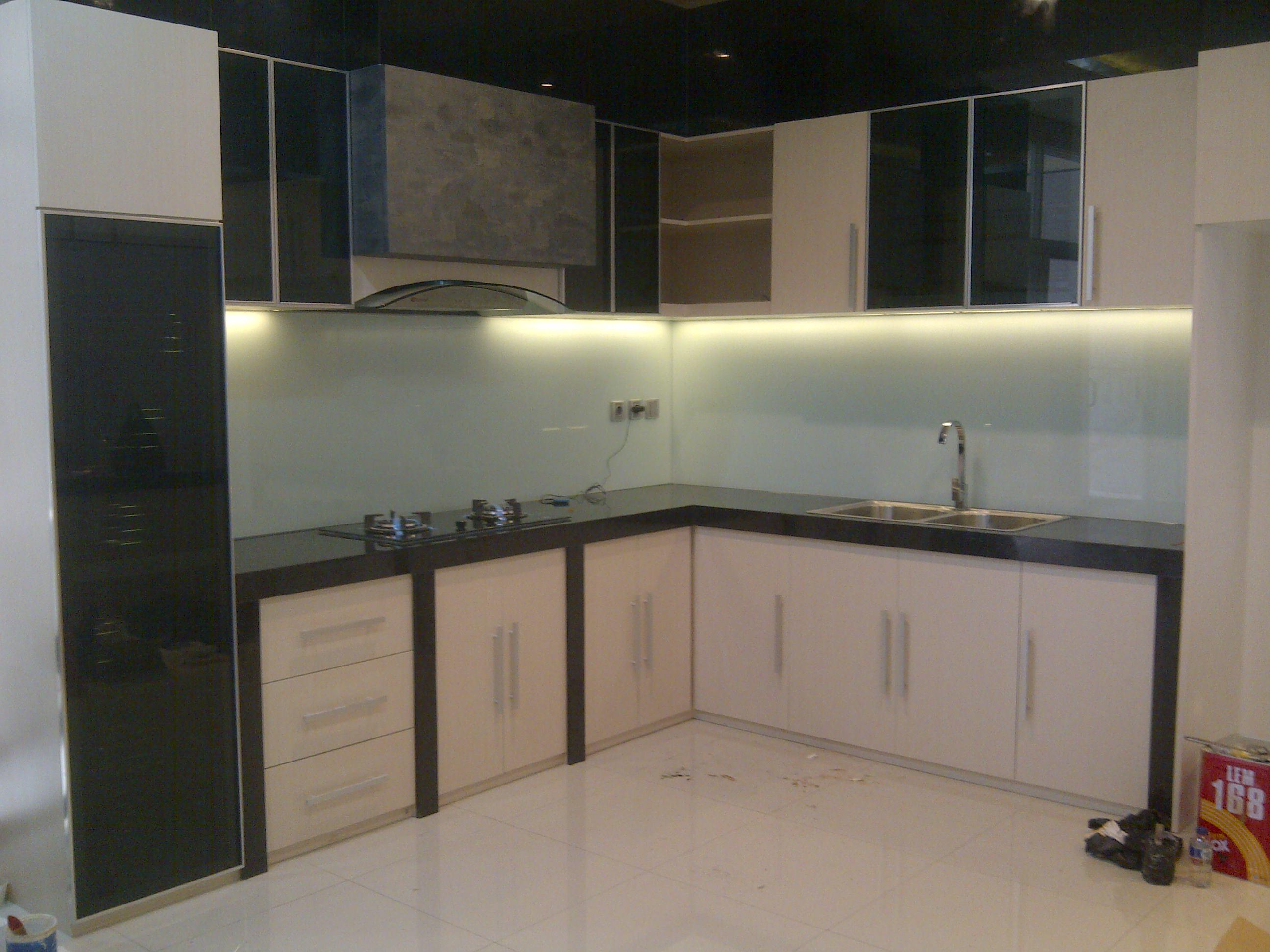 Model Kitchen Set Minimalis Modern Harga Murah & Terbaru ...